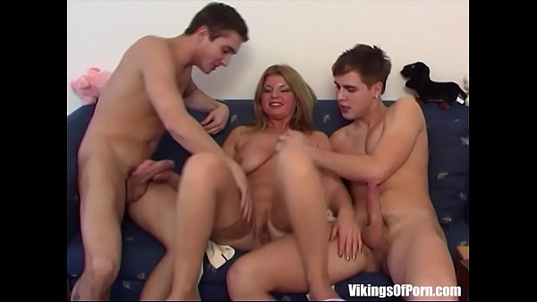 Blonde, Fucking mom, Couch
