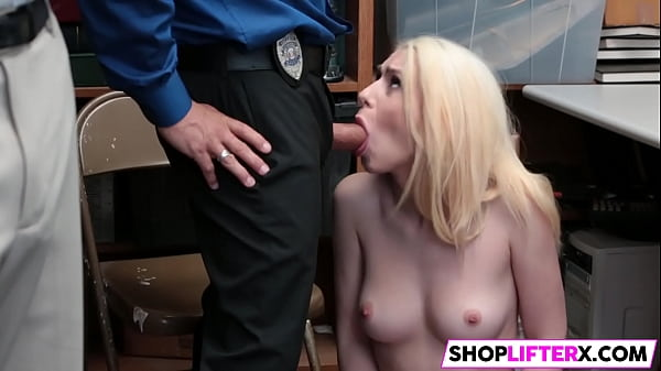 Shoplifter, Dad and daughter